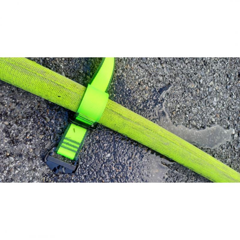 Kierunek do wyjścia w prawo i prosto (za drzwiami)